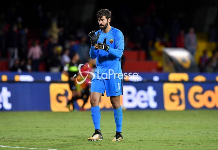 Alisson_applauso_Benevento_Roma_lapresse_2018