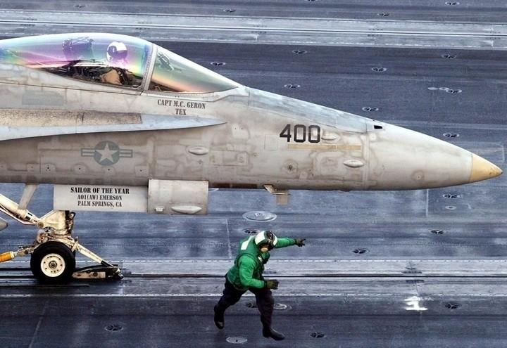 Caccia_aereo_guerra_lapresse