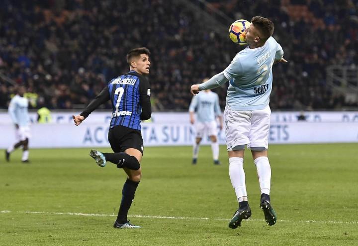 Cancelo_Milinkovic_Inter_Lazio_lapresse_2018