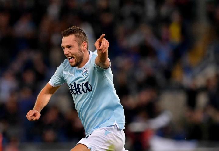 De_Vrij_gol_esultanza_Lazio_lapresse_2018