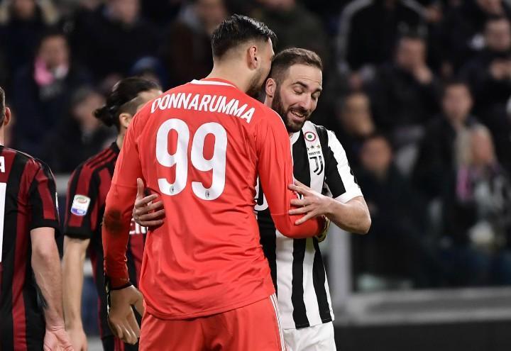 Donnarumma_Higuain_Milan_Juventus_lapresse_2018