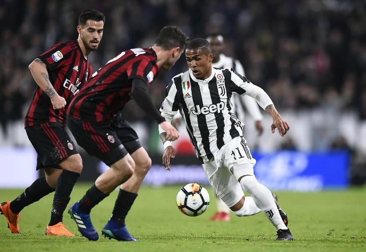 Douglas_Costa_Calabria_Suso_Juventus_Milan_lapresse_2018