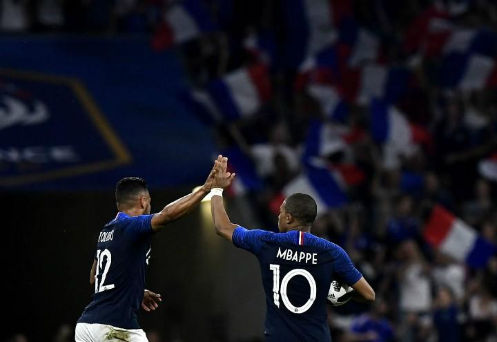 Giroud_Mbappe_Francia_gol_lapresse_2018
