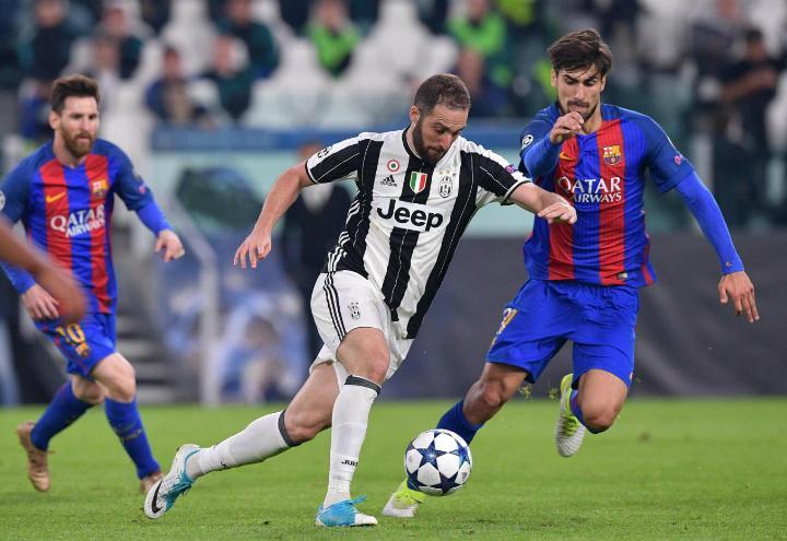 Higuain_Barcellona_Juventus_lapresse_2017