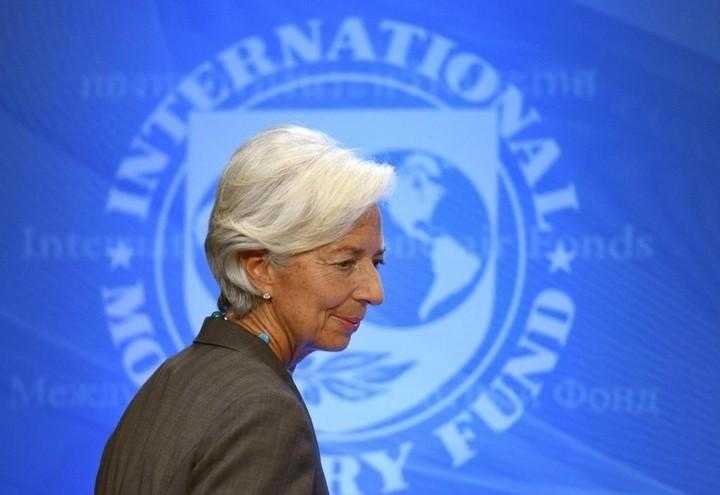 05a8ece8f8 Dal Fondo monetario sono arrivate previsioni ottimistiche sull'economia  italiana ed europea. In questo modo, dice MAURO BOTTARELLI, si aiuta la  svalutazione ...
