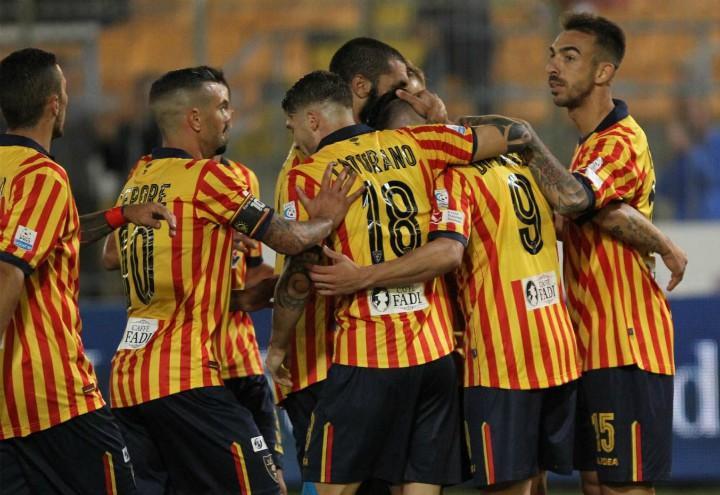 Lecce_Bisceglie_gol_gruppo_lapresse_2017