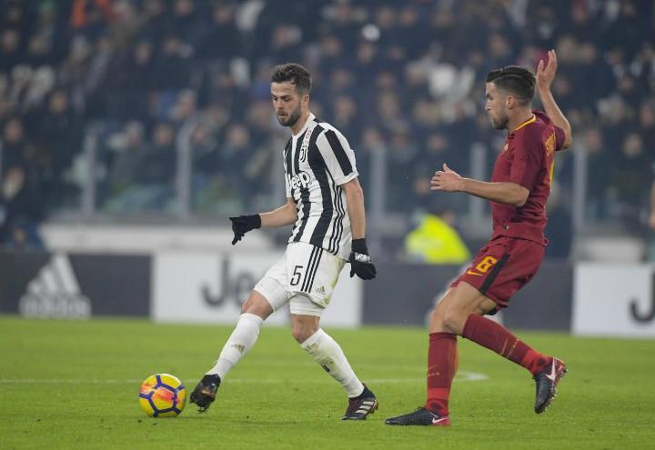 Pjanic_Strootman_Juventus_Roma_lapresse_2018