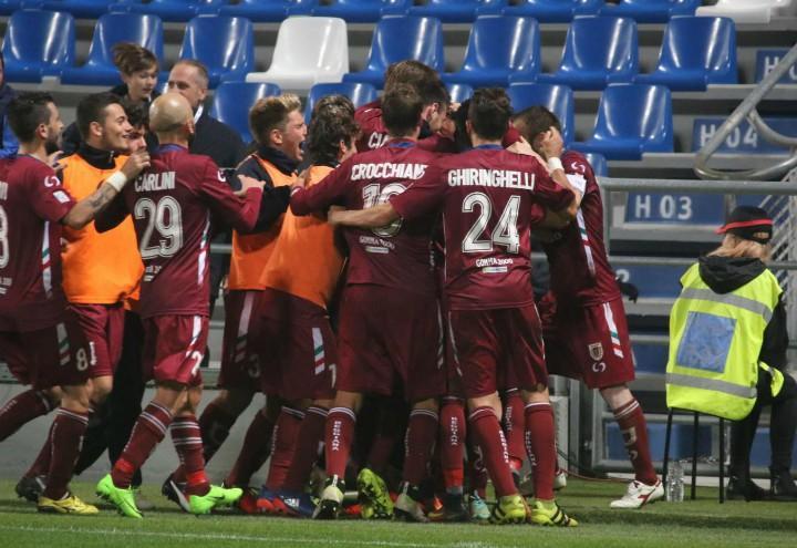 Reggiana_gruppo_gol_Serie_C_lapresse_2017