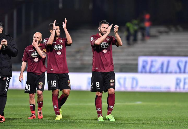 Salernitana applausi_lapresse_2017