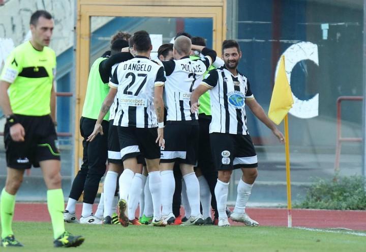 Sicula_Leonzio_gol_Serie_C_lapresse_2017