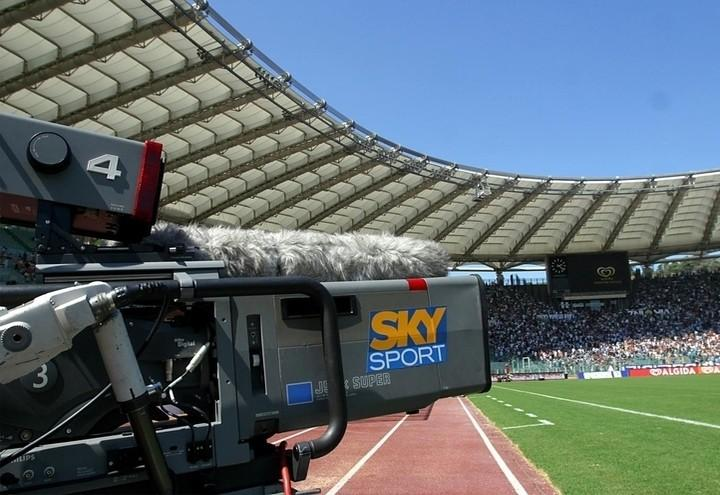 Sky_Telecamera_Stadio_Lapresse