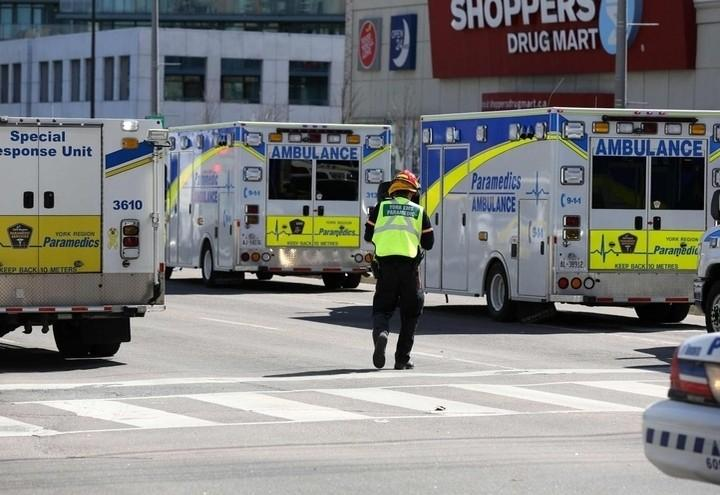 Toronto_Polizia_Strada_Lapresse
