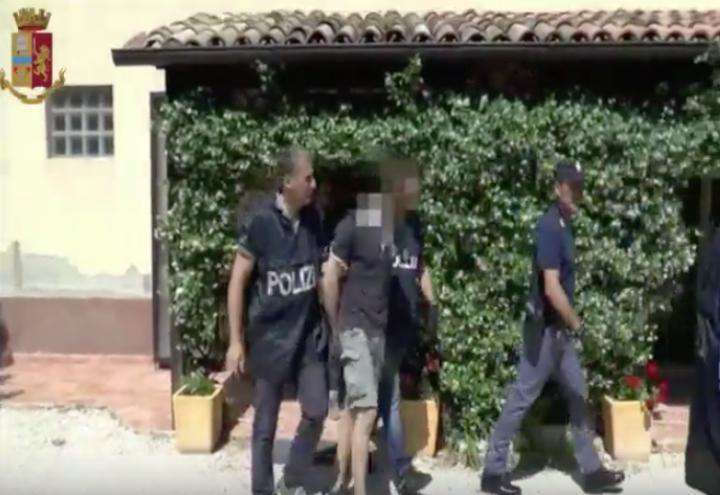ancona_arresto_polizia_hiv_infetto_youtube_2018