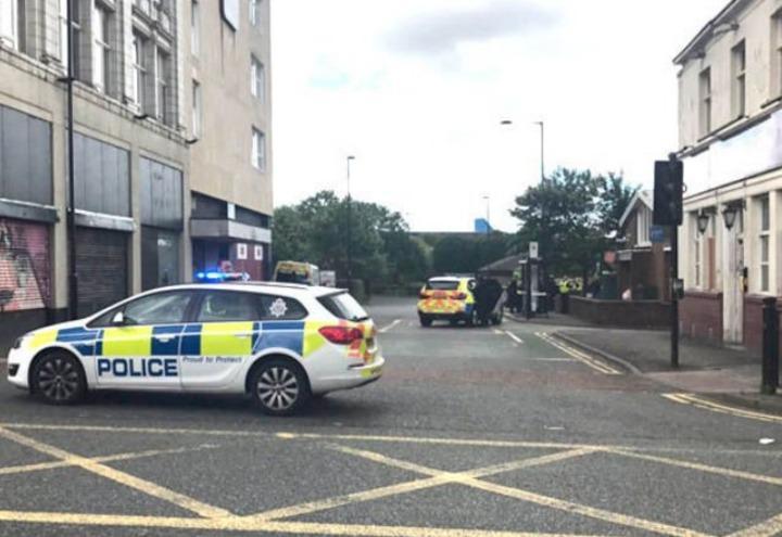 attentato_polizia_gran_bretagna_newcastle_terrorismo_allarme_twitter_2017