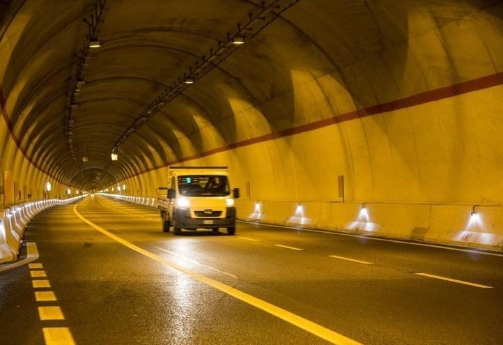 autostrada_galleria_salerno_reggiocalabria_lapresse_2018