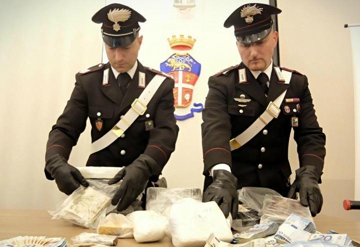 carabinieri_droga_sequestro_lapresse_2017