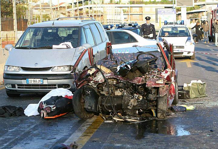 carabinieri_polizia_incidente_lapresse_2017