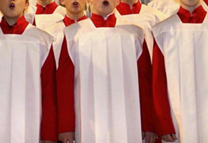 coro_voci_bianche_bambini_pedofilia_chiesa_twitter_2017