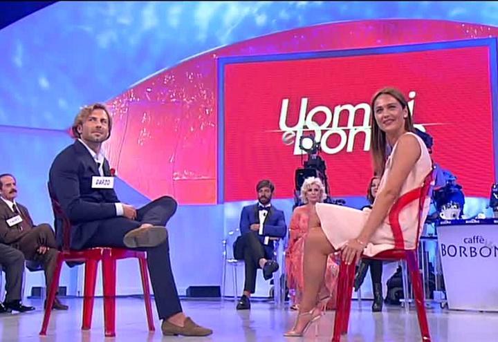 dario_elena_uomini_e_donne_screen_witty