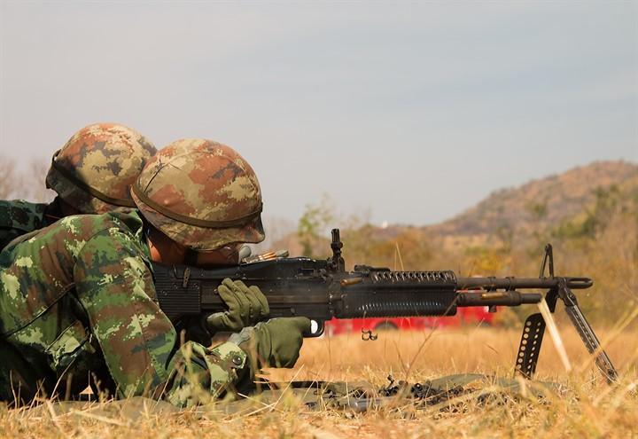 esercito_guerra_armi_pixabay