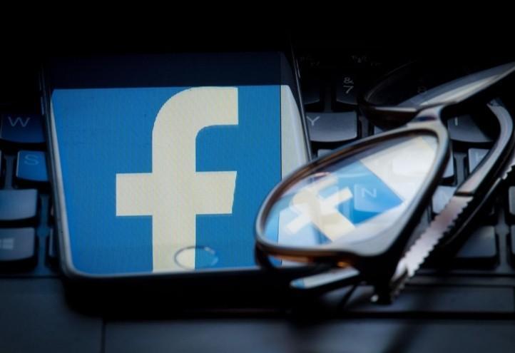 facebook_3_rete_internet_socialnetwork_lapresse