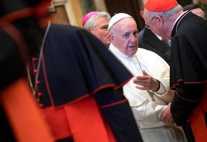 papa_francesco_curia_cardinali_2_lapresse_2017
