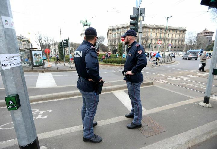 polizia_terrorismo_italia_allarme_bomba_lapresse_2017