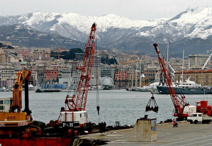 porto_genova_lapresse