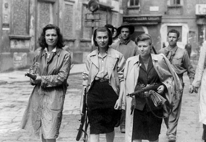 resistenza_donne_partigiane_milano_web