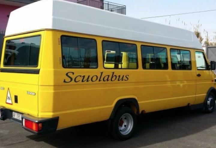 scuolabus_autobus_scuola_studenti_trasporto_pullman_twitter_2018