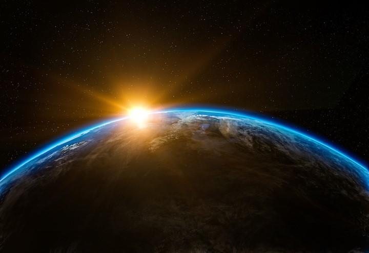 terra_pianeta_stelle_pixabay