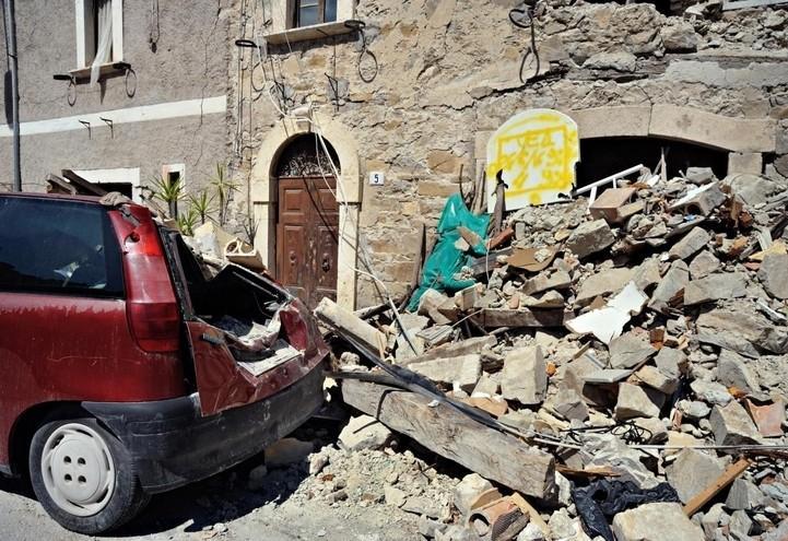 terremoto_5_abruzzo_marche_pescaradeltronto_lapresse_2018