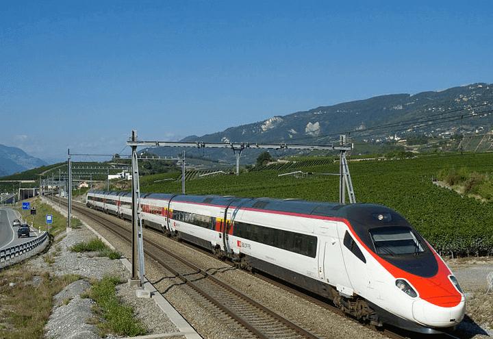 treno_01_wikipedia_2017
