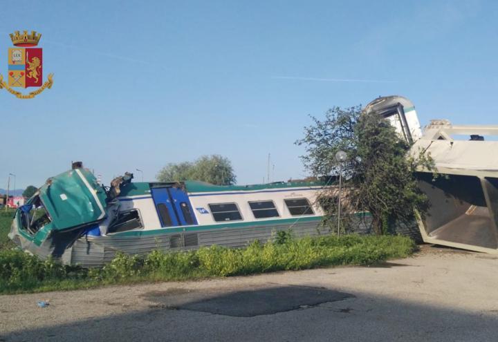 treno_caluso_incidente_piemonte_polizia_cs_2018