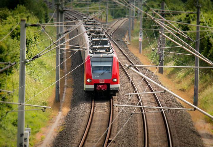 treno_pixabay_2017