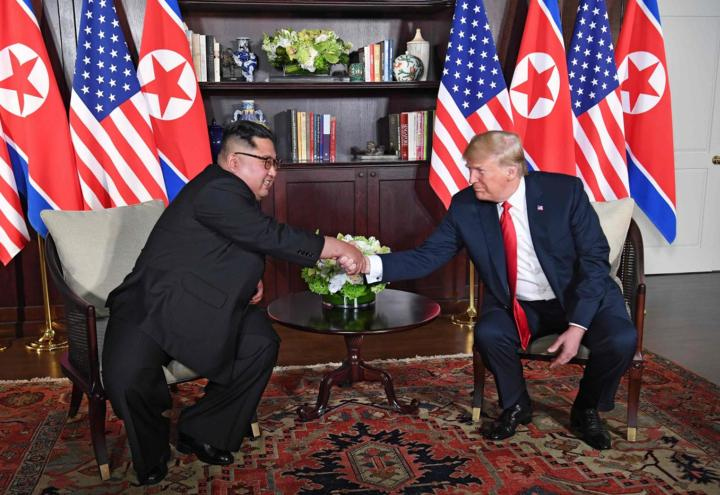 trump_kim_jong_nordcorea_usa_incontro_singapore_lapresse_2018