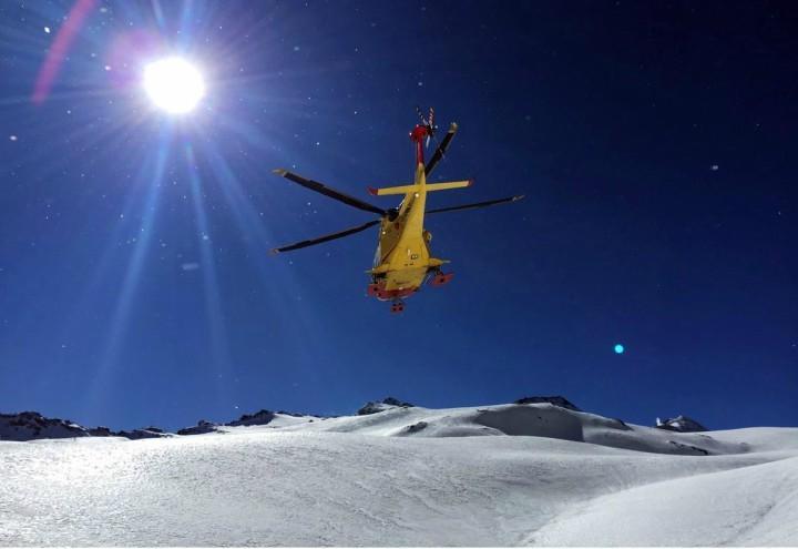 valanga_slavina_montagna_alpinisti_elicottero_soccorso_lapresse_2018