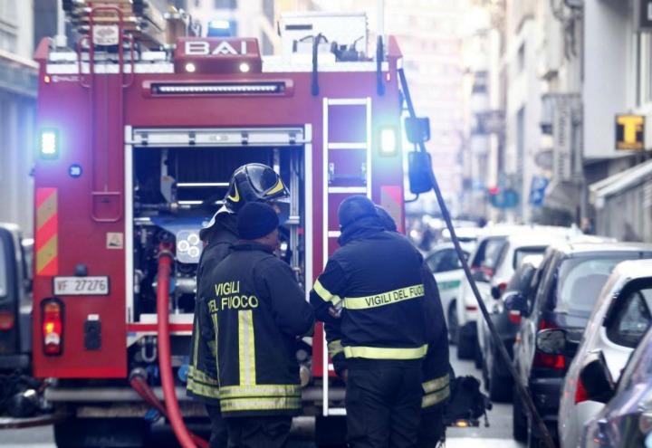 vigili_fuoco_incendio_incidente_1_lapresse_2017