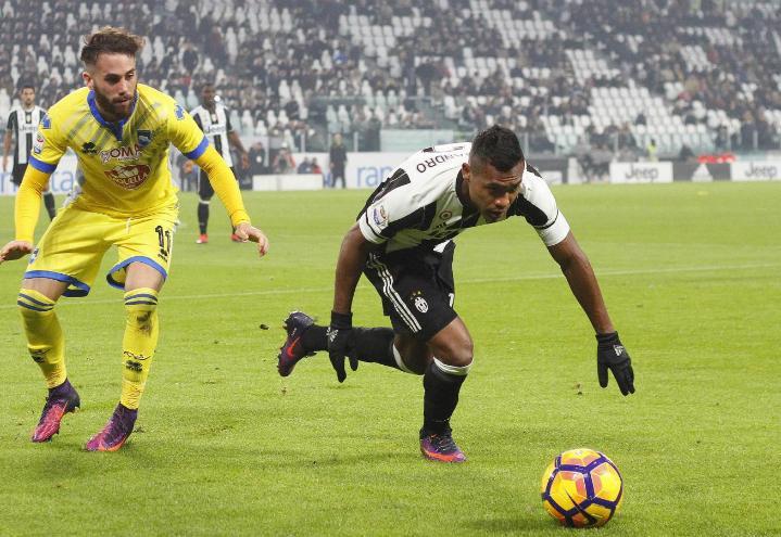 AlexSandro_Juventus_Pescara_lapresse_2017
