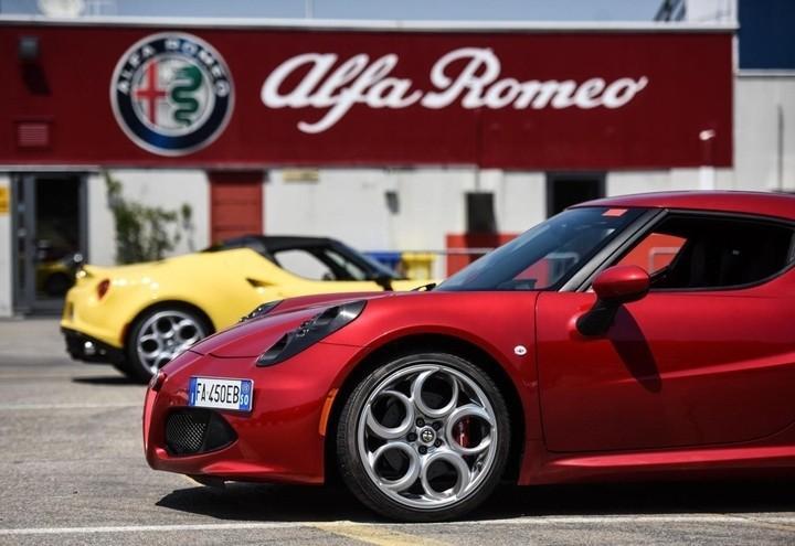 Alfa_Romeo_4c_Lapresse