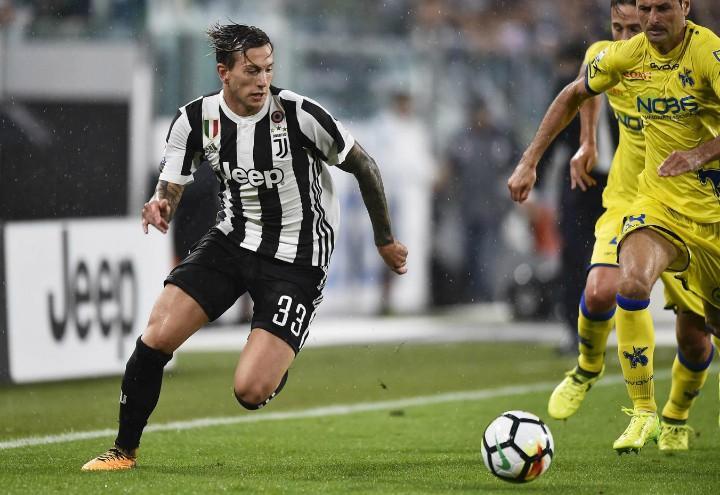 Bernardeschi_Gobbi_Juventus_Chievo_lapresse_2018