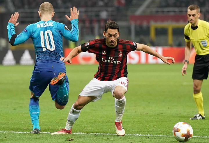Calhanoglu_Wilshere_Milan_Arsenal_lapresse_2018