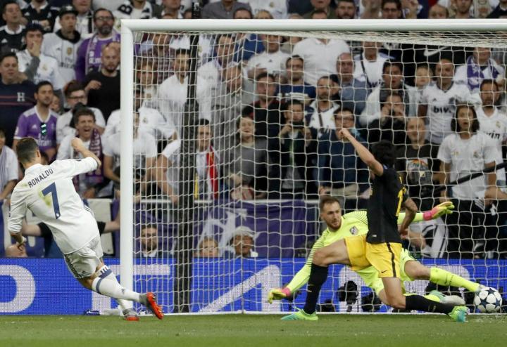 CristianoRonaldo_Real_Atletico_lapresse_2017
