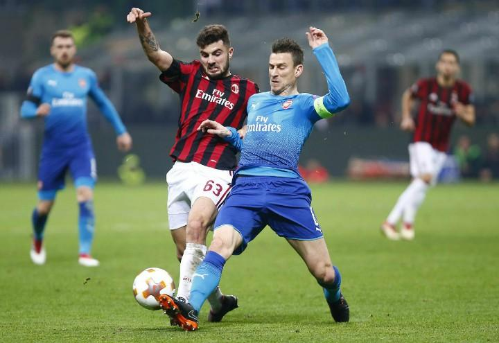 Cutrone_Koscielny_Milan_Arsenal_lapresse_2018