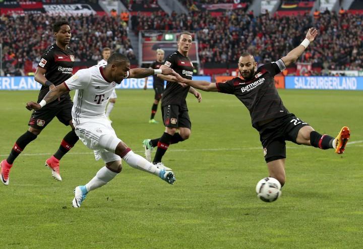 DouglasCosta_cross_Bayern_Bayer_lapresse_2017