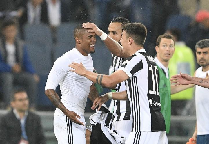 Douglas_Dybala_Benatia_Juventus_Coppa_Italia_lapresse_2018