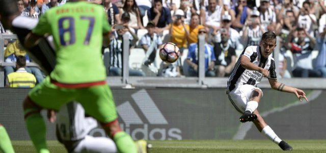 Dybala_Juventus_Crotone_punizione_lapresse_2017