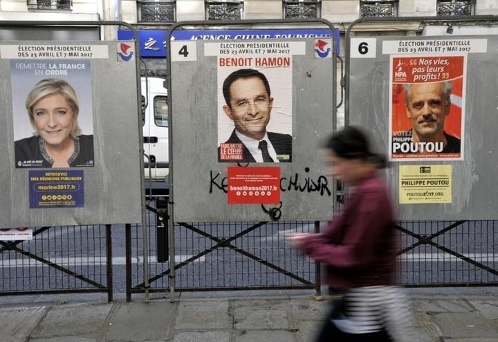 Elezioni_Francia_Manifesti_Lapresse