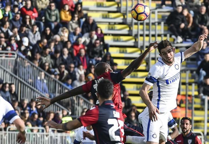 Gagliardini_Sau_testa_Cagliari_Inter_lapresse_2017