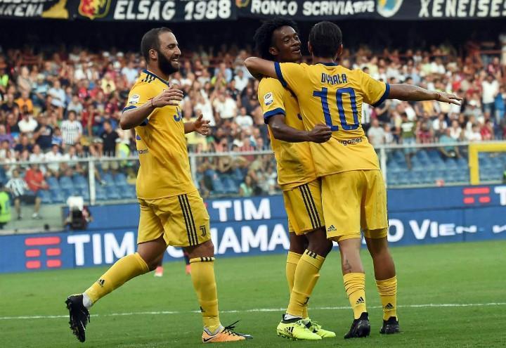 Higuain_Cuadrado_Dybala_Juventus_gialla_lapresse_2017